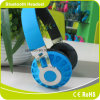 Auscultadores esperto confortável Foldable baixo de Bluetooth do telefone do preço de fábrica do desgaste do jogo de cartão de Soundstage SD da potência colorida do projeto da forma grande