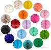 Bolas del panal del papel coloreado de la muestra libre para la decoración del banquete de boda