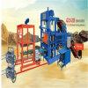 Bloco de cimento que faz a máquina do bloco da maquinaria