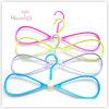 Mooie Plastic Multifunctionele Kleerhanger Bowknot (42.5*19.5 cm)