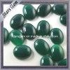 Pietra preziosa semipreziosa di figura dell'agata verde smeraldo ovale di colore
