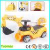 A máquina escavadora dos miúdos, passeio no carro, caçoa o carro, máquina escavadora do brinquedo