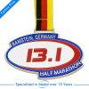 Demi de médaille faite sur commande promotionnelle de récompense de passage de sport du marathon 13.1km