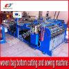 Découpage inférieur automatique et machine piquante pour le roulis tissé par pp de plastique