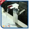Rubinetto alto freddo della cascata e caldo automatico con il LED (HC16557)