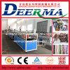 중국에 있는 WPC Profile Extruding Machine/WPC Decking Plastic Machine