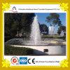 Piccola fontana esterna del cerchio con acqua dolce