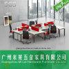 Mesa da estação de trabalho do escritório de projeto funcional com painel da divisória