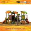 2016 Nieuwe PE en houten-Plastic Samengestelde van Kinderen Reeks van de Apparatuur van de Speelplaats (pe-23301)