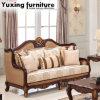 O sofá da sala de visitas da tela ajustou-se com frame de madeira para a HOME