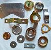 Изготовленные части проштемпелеванные нержавеющей сталью