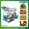 Pelotilla ardiente de madera barata que hace la máquina