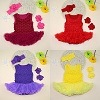 SandalおよびHeadband Setの卸売Retail New Baby Girls Dress Sleeveless Rosette Ruffle Romper Vestidos