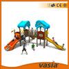 嬉しい子どもだましの城の屋外の運動場(VS2-2064A)