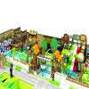 Patio de interior plástico del parque de atracciones para los niños