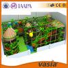 Campo de jogos 2015 das crianças de Vasia interno do tema da selva