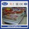 Memoria di verdure della frutta del frigorifero del supermercato commerciale fissato al muro