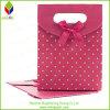 Bolso de papel rígido del regalo con el nudo de la mariposa