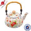 De traditionele Ketel van het Email met Bakeliet Handle/Teapot