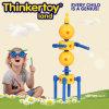 O plástico transforma educacional transforma brinquedos do robô para o bebê