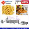 Cheetos croustillant Nik Naks Kurkures faisant la machine