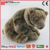Urso de Brown macio enchido realístico do brinquedo