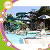 Im Freienwasser-Park Equipmentwater Plättchen Manufactureraqua Park-Gerät