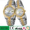 O par novo de quartzo da coleção presta atenção ao relógio da promoção
