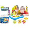 Kinderen die het OnderwijsStuk speelgoed van het Bureau met Projector leren (H6094047)
