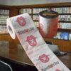 O dia dos Valentim imprimiu o rolo feito sob encomenda do tecido da imagem do papel higiénico