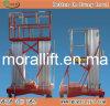 Elevación vertical aérea plegable móvil del hombre del brazo