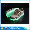 Éclairage LED de prix usine vers le haut des chaussures de gosses
