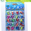 Solo de cristal colorido com os brinquedos Growing da água dos desenhos animados