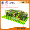 Das crianças grandes do tamanho do campo de jogos da floresta campo de jogos interno