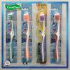 Weiche Nylonerwachsen-Zahnbürste mit Gummi-Massage