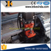 Parafuso prisioneiro de aço leve que dá forma à máquina