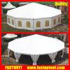 Dodecagonのテントの玄関ひさしのテントのあたりで結婚する贅沢な八角形のドームのテントのイベント