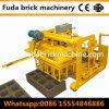 機械を作る油圧歩くコンクリートブロック