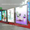 Centre commercial d'affichage de produits de beauté pour la publicité