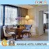 Oppeinの現代設備が整っているコンパクトなアパートホテルの寝室の家具