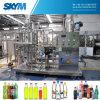 機械に炭酸清涼飲料機械をする小さいびんの炭酸水・