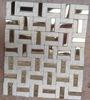 Mattonelle di mosaico di figura del Pinwheel del marmo bianco di cristallo del fronte naturale di spaccatura e dell'acciaio inossidabile