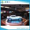 Вращаясь этап для этапа выставки автомобиля этапа выставки театра и автомобиля