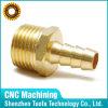 CNC disponible del OEM del pequeño tratamiento por lotes que trabaja a máquina las entrerroscas de cobre amarillo del manguito de China