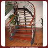 ワイヤー柵の材木階段(DMS-2041)
