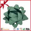 Arqueamiento de la cinta de la estrella de la decoración de la Navidad