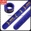 Bracelet fait sur commande de claque de grille de tabulation de silicones de mode avec la promotion