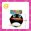 子供のためのスポンジの漫画のフリズビーのペンギンの飛行