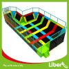 Parque interno retangular do Trampoline do parque de diversões gigante
