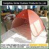 A prova UV de acampamento do mercado japonês estala acima a barraca da praia